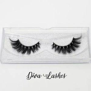 """""""Diva"""" Luxury Mink Eyelashes"""